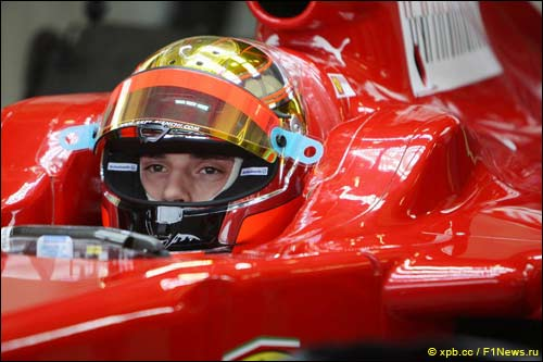 Жюль Бьянки на тестах Ferrari
