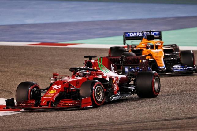 Шарль Леклер на дистанции Гран При Бахрейна