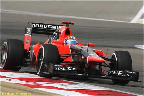 Тимо Глок на трассе в Бахрейне
