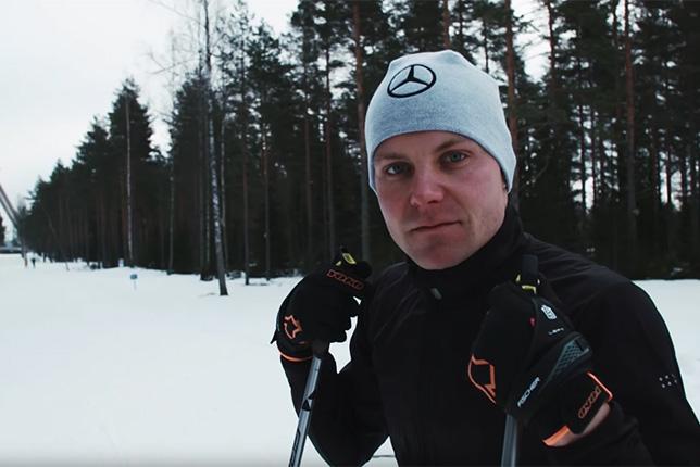 Валттери Боттас на лыжных тренировках в Финляндии