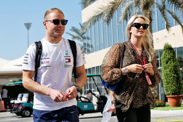 Валттери Боттас с бывшей супругой Эмилией на прошлогоднем Гран При Абу-Даби
