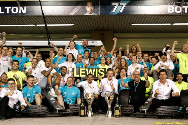 Гран При Абу-Даби. Команда Mercedes