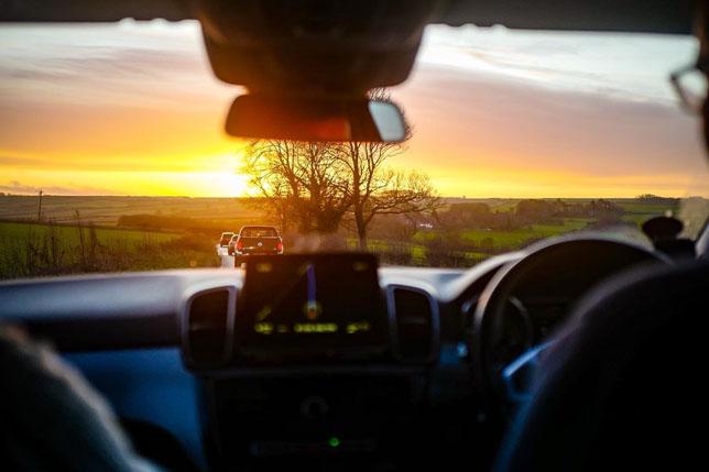 Валттери Боттас опубликовал фотографию из машины по пути на базу Mercedes