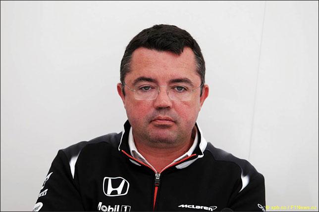 Эрик Булье, гоночный директор McLaren