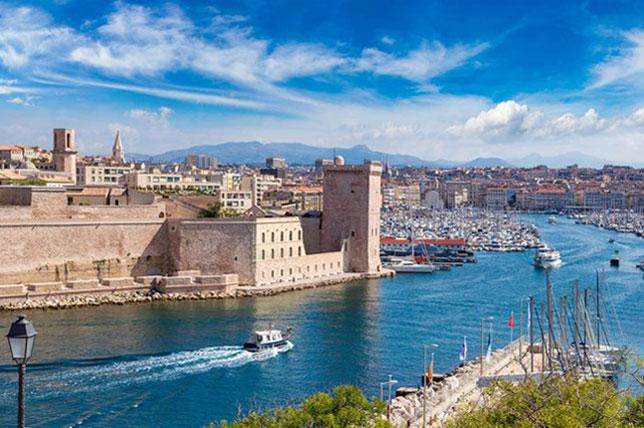 Панорама Марселя (фото с сайта Pinterest)