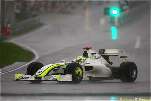 Дженсон Баттон на трассе Гран При Малайзии