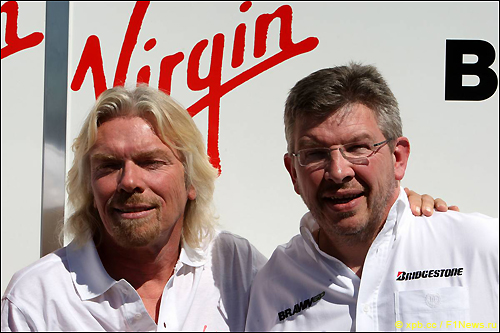Росс Браун (справа) и Ричард Брэнсон, глава Virgin Group