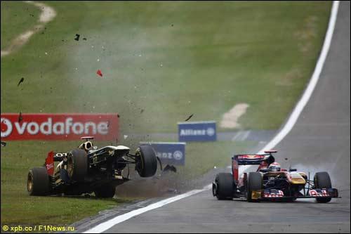 Столкновение Ника Хайдфельда и Себастьена Буэми на Гран При Германии