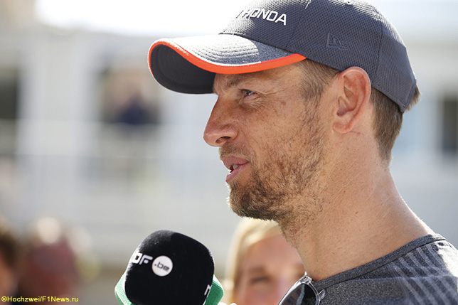 Дженсон Баттон выступит в гонке Le Mans Classic