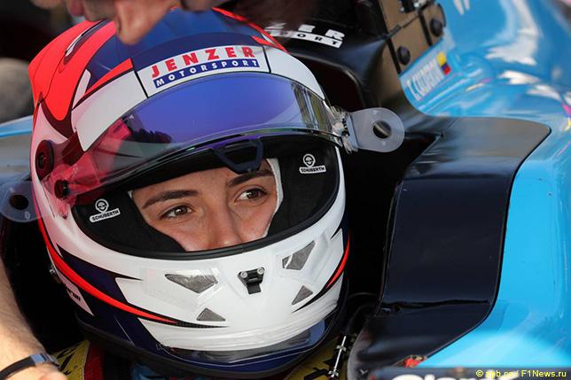 Татьяна Кальдерон выступает в серии GP3 за команду Jenzer Motorsport