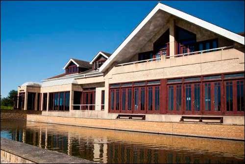 Новая база Caterham в Лифилде