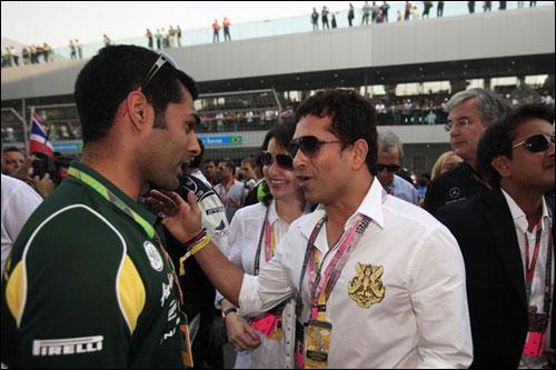 Карун Чандхок на стартовом поле Гран При Индии