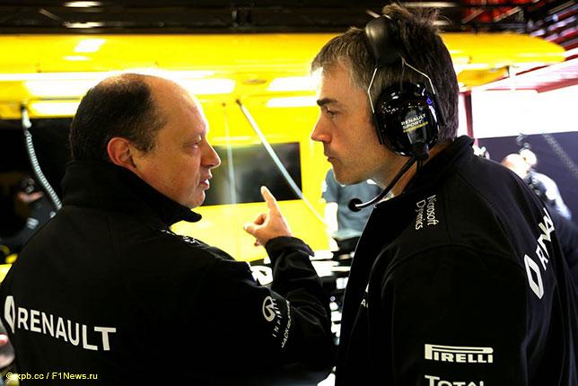 Ник Честер (справа) и Фредерик Вассёр, руководитель команды Renault F1
