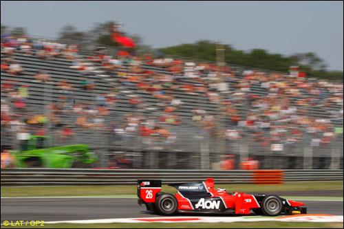 Том Чилтон показал лучшее время в квалификации итальянского этапа GP2