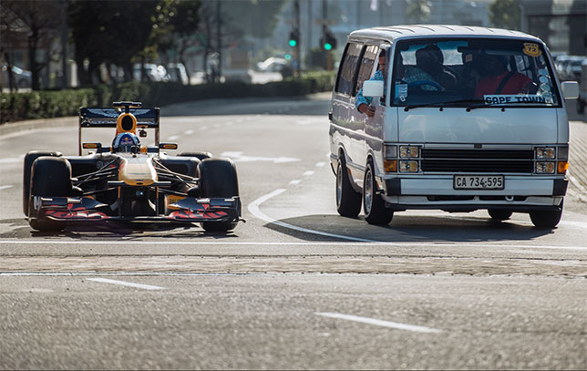 Кадр из нового видеоролика Red Bull Racing с участием Дэвида Култхарда