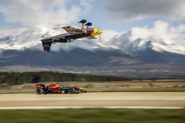 Кадр из фильма «От замка к замку», фото пресс-службы Red Bull