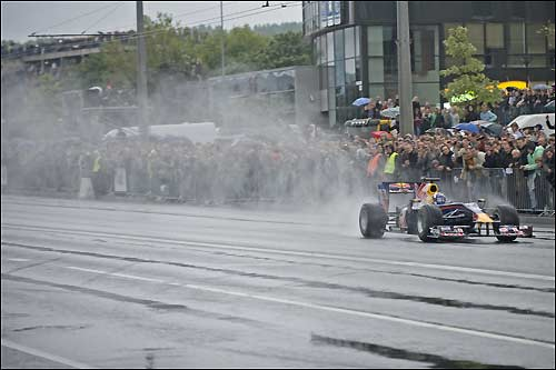 Гоночное шоу Red Bull в Вильнюсе