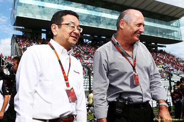 Рон Деннис и Такахиро Хачиго, глава компании Honda Motor