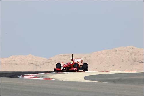 Ferrari на тестах в Бахрейне