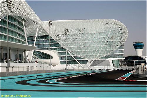 Трасса в Абу-Даби