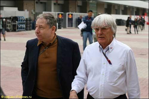 Берни Экклстоун и Жан Тодт в паддоке Гран При Кореи