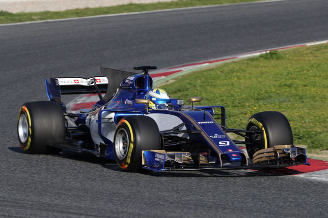 Маркус Эриксон за рулем Sauber C36-Ferrari