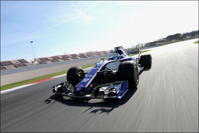Маркус Эриксон на съемочном дне Sauber