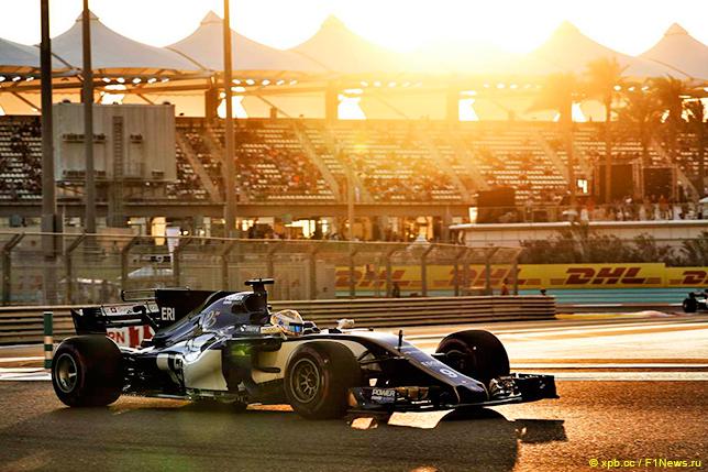 Маркус Эриксон на трассе в Абу-Даби