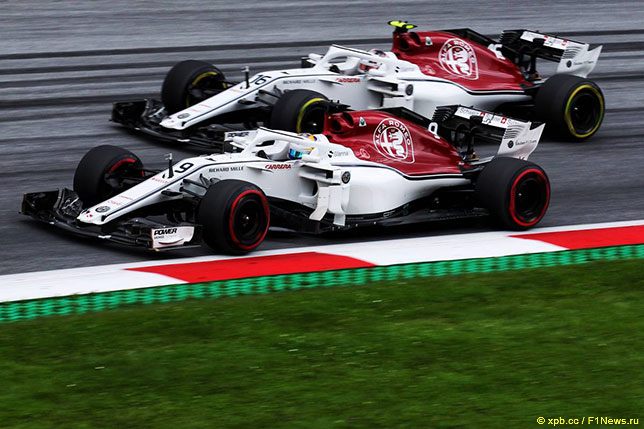 Шарль Леклер и Маркус Эриксон за рулём Sauber C37