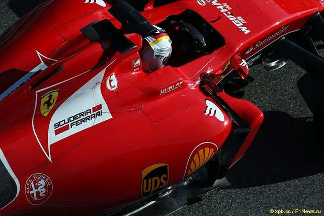 Ferrari SF15-T на тестах в Барселоне