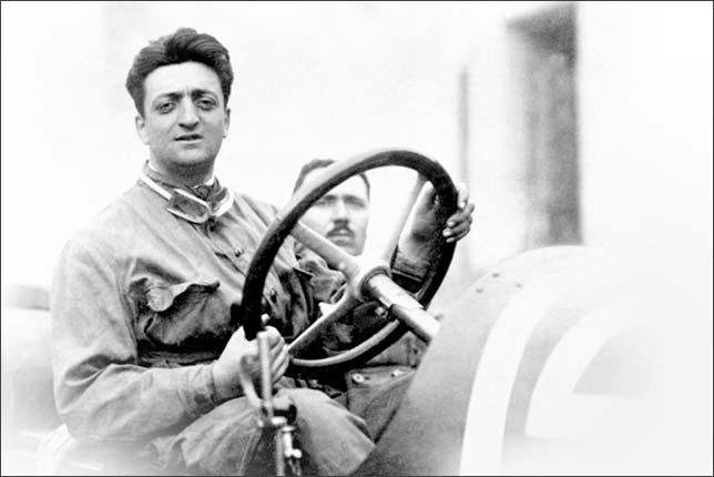 Энцо Феррари в молодости, в период активной гоночной карьеры