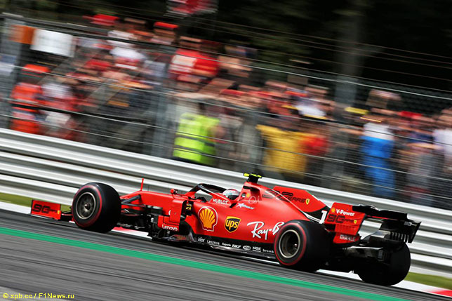 Шарль Леклер на трассе Гран При Италии
