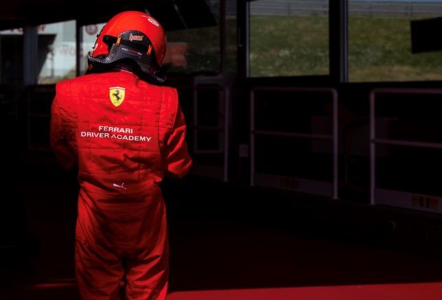 Во Фьорано проходит отбор кандидатов в Академию Ferrari