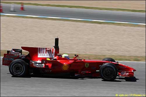 Ferrari на тестах в Хересе
