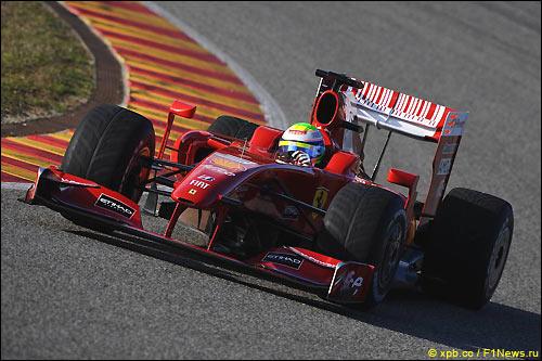 Ferrari F60 на трассе в Муджелло