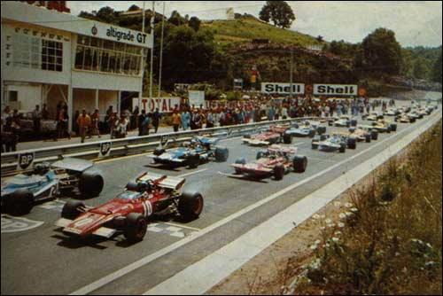Жаки Икс на шасси Ferrari №1 стартует с поула на Гран При Франции 1970 года