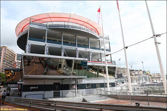 Подготовка к Гран При Монако. Пит-билдинг