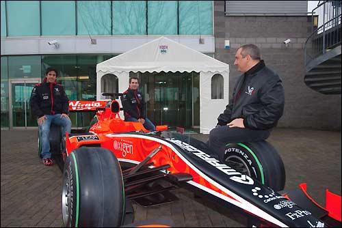 Николай Фоменко на презентации Virgin Racing