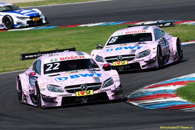 Машины DTM в фирменных цветах BWT