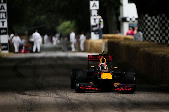В прошлом году машину Red Bull Racing на Фестивале скорсти в Гудвуде пилотировал Пьер Гасли