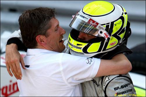 Ник Фрай и Дженсон Баттон после финиша Гран При Монако