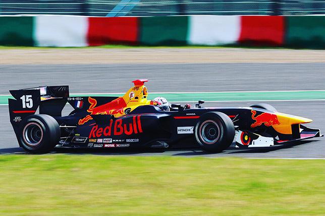 Гасли провёл дебютную квалификацию в Super Formula