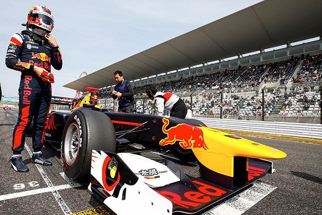 Гасли финишировал 10-м в дебютной гонке в Японии