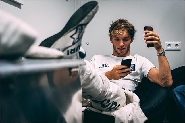 Пьер Гасли после победы в гонке. Фото: Red Bull