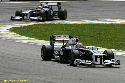 Пилоты Williams на трассе Гран При Бразилии