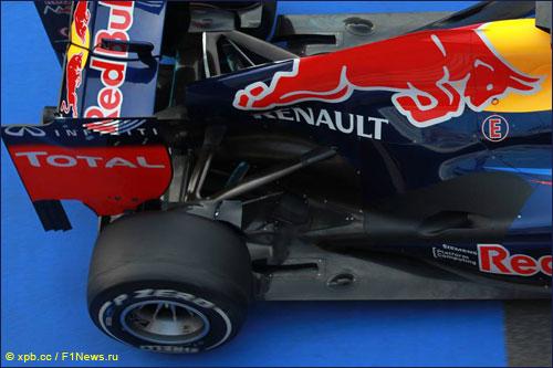Задняя часть Red Bull RB8