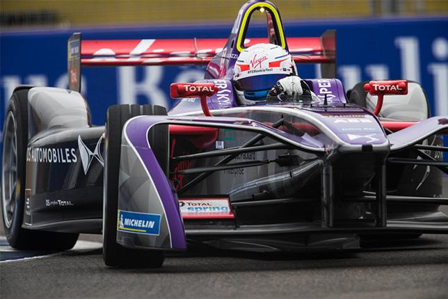 Антонио Джовинацци на тестах Формулы E в Марракеше