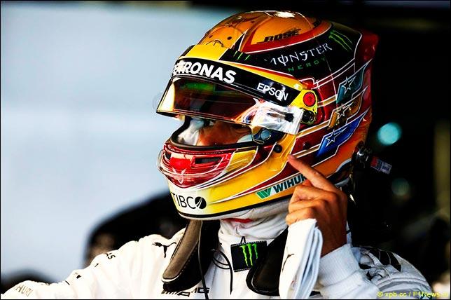 Гонщик Mercedes одержал историческую победу наГран-при Российской Федерации