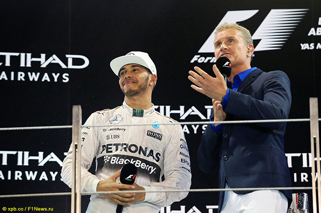 Дэвид Култхард и Льюис Хэмилтон на подиуме Гран При Абу-Даби, 2015 год