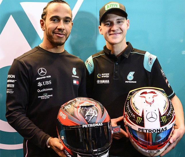 Льюис Хэмилтон и Фабио Квартараро произвели символический обмен шлемами